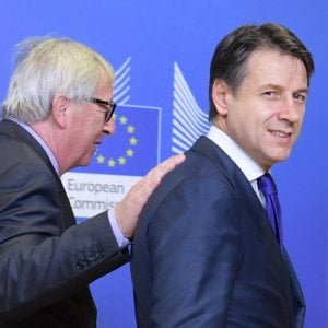 """Ecco la lettera di Conte a Bruxelles: """"Troppo rigore contro di noi"""". E l'attacco ai """"paradisi fiscali"""""""