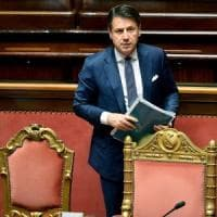 """Conti, lettera dell'Italia alla Ue: """"Vincoli rispettati"""". Moscovici: """"Regole non si..."""