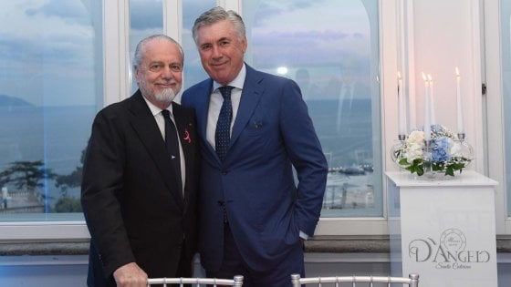 Napoli, De Laurentiis: ''Sarri urla e bestemmia, sarà bello vedere Ancelotti batterlo''