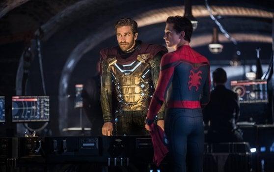 """'Spider-Man: Far from Home', Peter Parker lotta anche in vacanza . Il regista: """"Non abbiamo perso l'ironia"""""""
