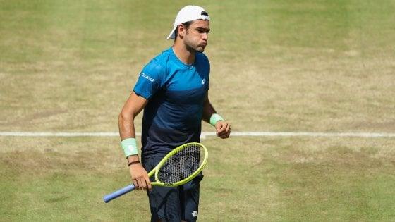 Tennis, Berrettini non si ferma più: batte Seppi e vola ai quarti a Halle