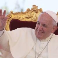 Il Papa a Napoli su cristiani e musulmani: