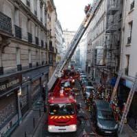Parigi, incendio in un palazzo del centro: almeno tre morti e 28 feriti