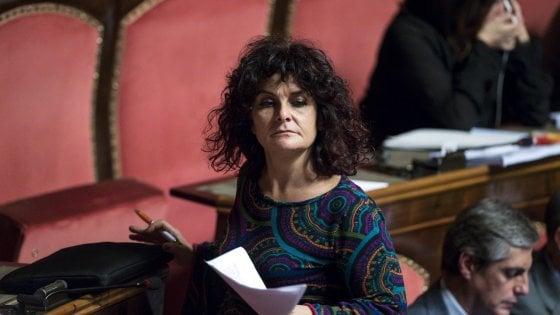 """M5s, Paola Nugnes se ne va. Di Maio: """"Si dimetta"""". E la senatrice: """"È lui che deve lasciare"""""""