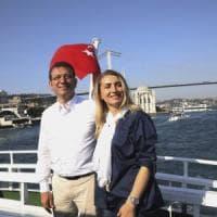Il risveglio di Istanbul dopo la notte di festa: il nuovo sindaco Imamoglu a lavoro