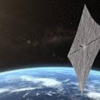 Il volo di una vela spaziale spinta dal Sole: è LightSail 2, il lancio con il razzo Falcon...