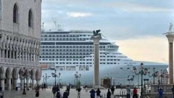 "Italia Nostra, sos all'Unesco: ""Grandi navi, Venezia muore"""