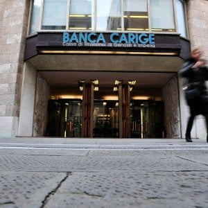 Carige, il Fondo interbancario rigetta la proposta del fondo Apollo