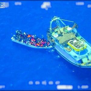 """Migranti, la grande balla delle Ong """"fattore di attrazione"""": nel 2019 hanno sbarcato in Italia solo 173 persone"""