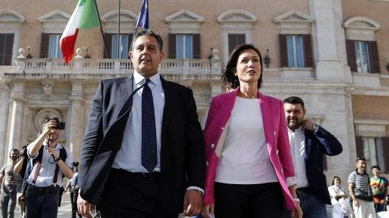 """FI, Gelmini: """"O cambia o muore. Mi candido alla guida del partito"""". Carfagna: """"Sì a mia candidatura, ma leader è Silvio"""""""