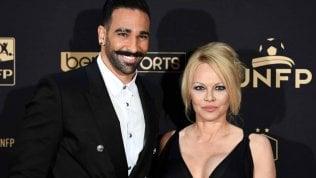 Pamela Anderson tradita da Adil Rami, ex Milan: ''Gli ultimi due anni della mia vita, una grossa bugia''
