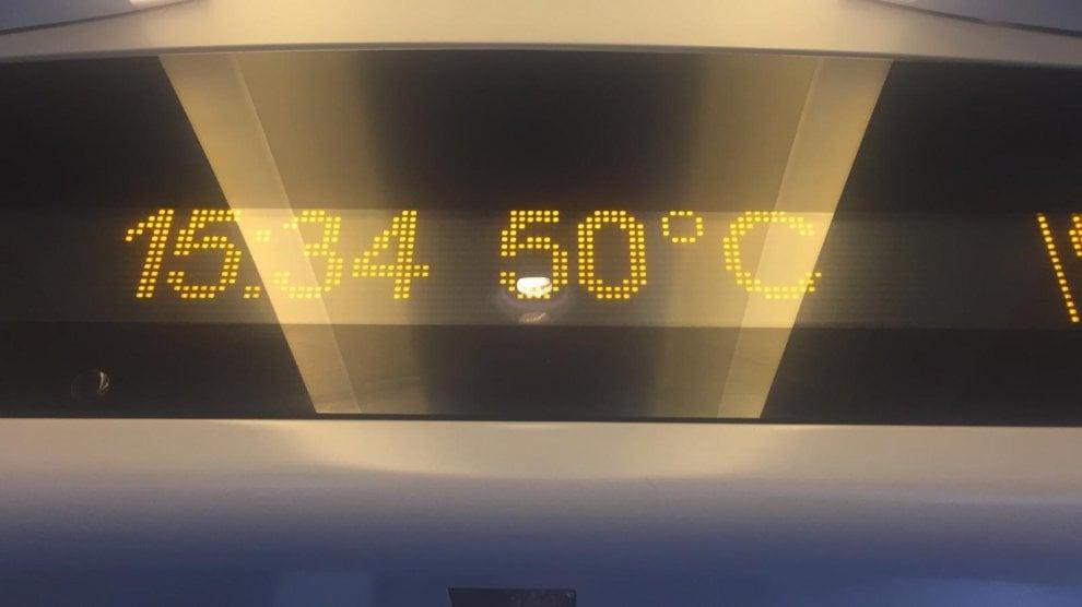 Treno Italo Napoli-Torino fermo due ore senza aria condizionata: 50 gradi, svenimenti a bordo