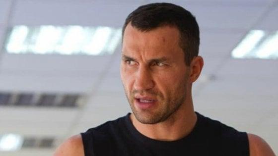 Boxe, paura per Klitschko: lo yacht prende fuoco, salvato dalla guardia costiera