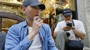 """San Francisco mette al bando le sigarette elettroniche per """"proteggere"""" i giovani"""