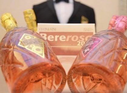 Bere è bello, Bere rosa è meglio: leggeri e freschi, sono i vini  dell'estate