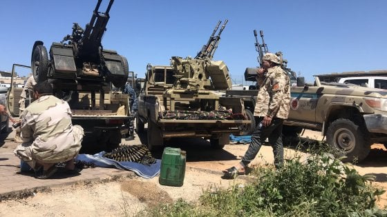 Libia, Serraj riconquista Gharian. Haftar sempre più debole
