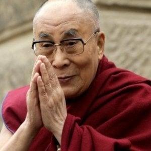 """Il Dalai Lama attacca Trump: """"Manca di principi morali"""""""