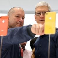 "Jonathan ""Jony"" Ive, il papà dell'iPhone, lascia la Apple"