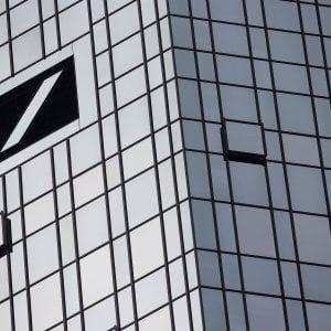 Deutsche Bank, allo studio maxi taglio di 15-20 mila posti nel mondo