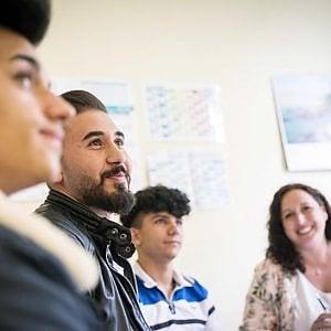 """""""Genitori sociali"""": il primo rapporto sui tutori dei minori stranieri non accompagnati"""