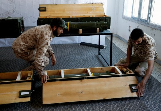 Libia, scoperti a Gharian missili americani passati dagli Emirati ad Haftar