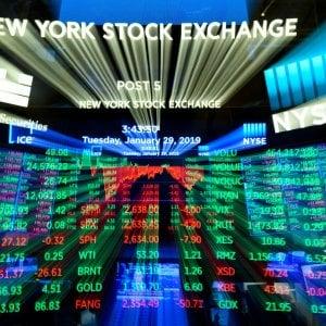 Borse in rialzo dopo la tregua Usa-Cina. Petrolio, l'Iran attacca l'Arabia Saudita