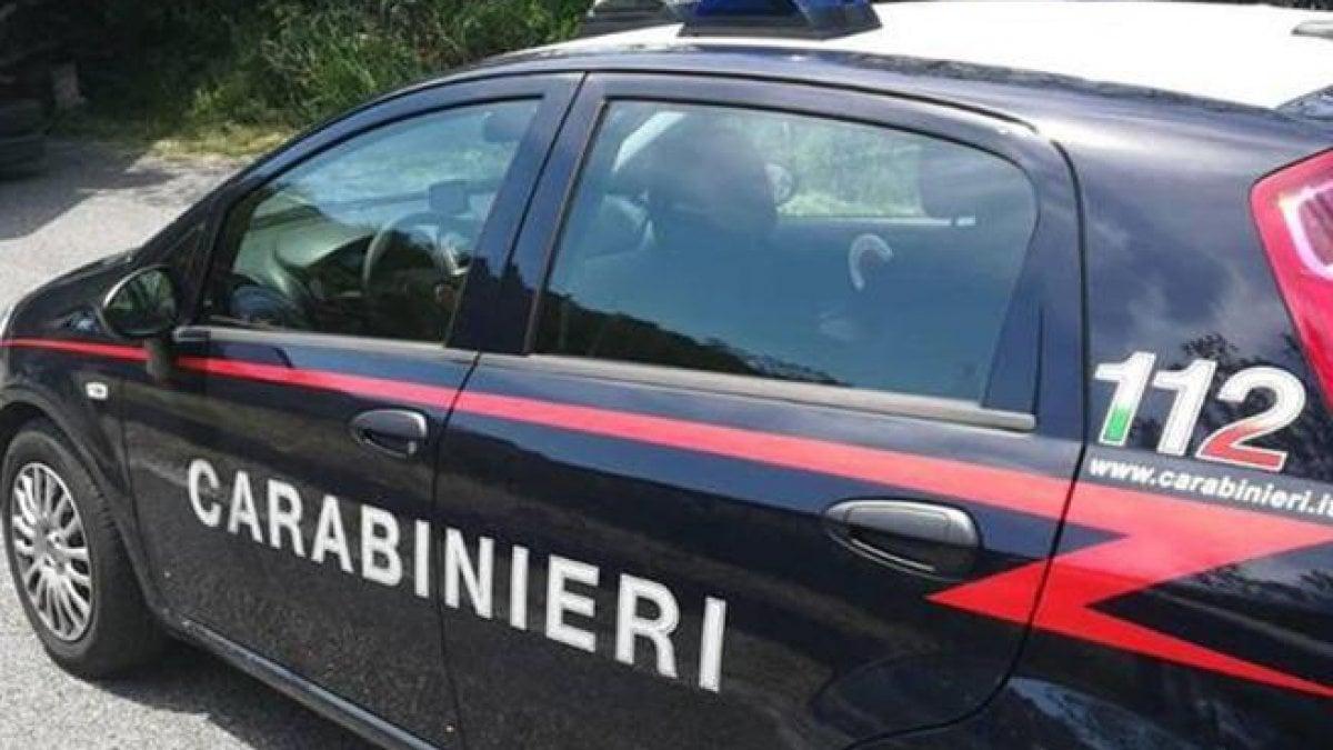 Camerette A Ponte Sardegna.Bimbo Segregato In Sardegna Arrestati I Genitori Ad Arzachena