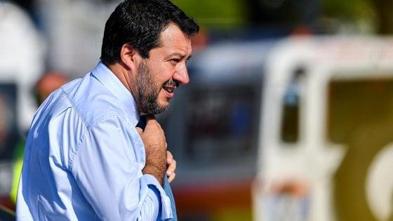 """Salvini lascia il cdm sulla correzione dei conti e accusa Di Maio: """"Mi attacca su Autostrade e poi diserta il cdm"""""""
