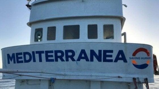 Migranti: torna in mare Mediterranea, il veliero Alex punta verso la Libia