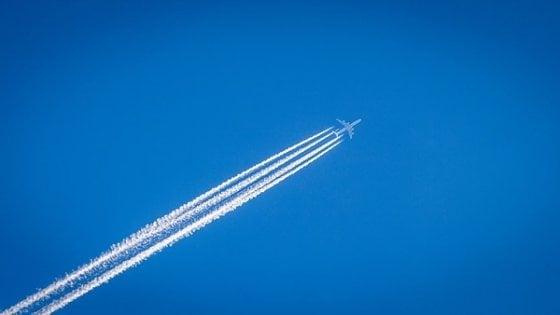 Così le scie degli aerei riscaldano il pianeta