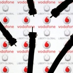 Vodafone, multa da 580 mila euro: Non rispettata la promessa di evitare rincari e il diritto di recesso gratuito