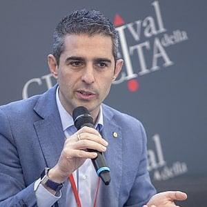 Il sindaco di Parma, Federico Pizzarotti, in occasione di un'edizione del Festival della Crescita