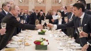 Italia-Russia, Conte: Lavoriamo per superare le sanzioni. Putin: Roma ne parli con l'Ue