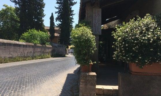 Un salto nel passato sull'Appia Antica: la trattoria Priscilla e i suoi piatti confortevoli