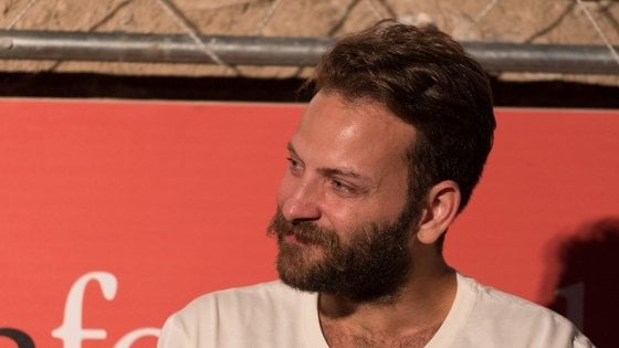 """Alessandro Borghi: """"Dopo Cucchi voglio fare un film su Giulio Regeni, ma è difficile trovare un produttore"""""""