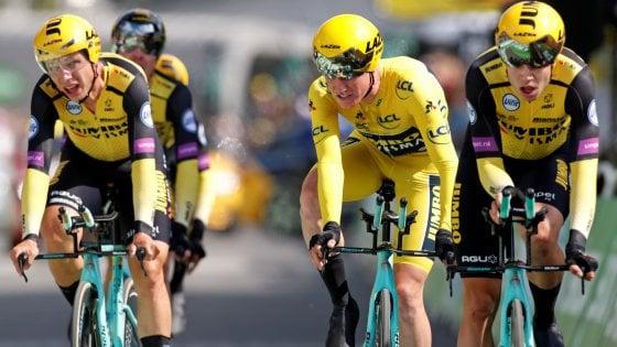 Ciclismo, Tour de France: Teunissen resta in giallo, la Jumbo vince la crono a squadre