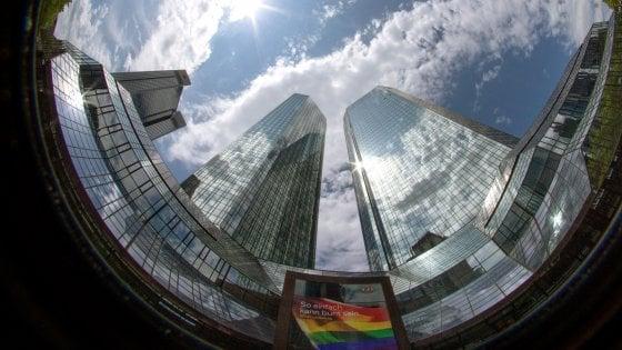 Deutsche Bank, maxi-perdita per pagare la ristrutturazione. Tagli per 18 mila persone