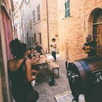Ripe San Ginesio, borgo sostenibile e hi-tech: tra coworking, artigiani della birra e...