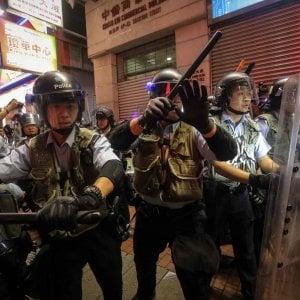 """Hong Kong, la governatrice: """"La legge sull'estradizione è morta"""""""