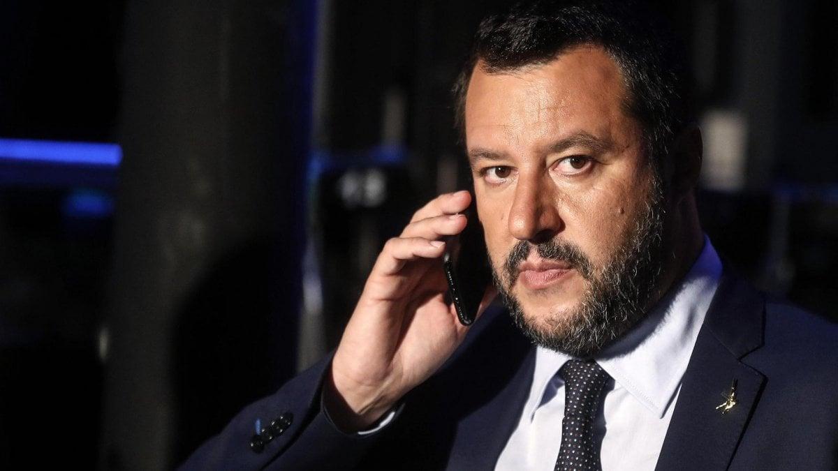"""Spadafora contro Salvini: """"Alimenta l'odio"""". Tutta la Lega: """"Si scusi o lasci"""". Di Maio: """"Non si dimette. Punto"""""""