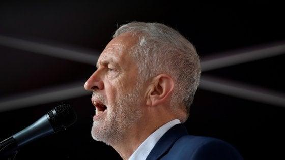 La svolta di Corbyn: il Labour chiede un secondo referendum sulla Brexit