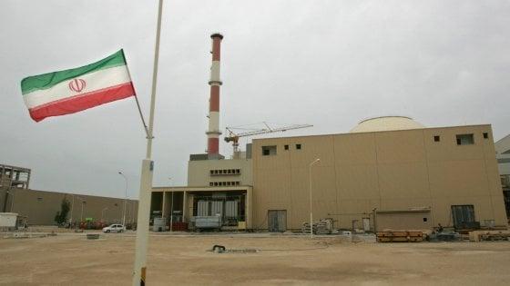 I firmatari europei dell'accordo sul nucleare chiedono all'Iran di fermare l'arricchimento dell'uranio