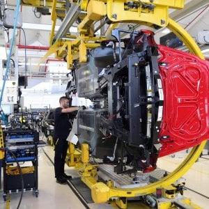 Torna a crescere la produzione industriale, a maggio +0,9%