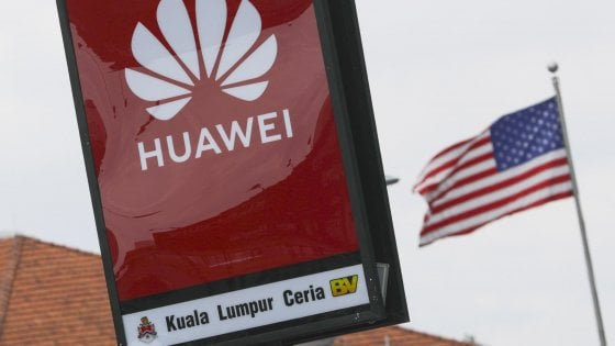 Gli Stati Uniti allentano le restrizioni su Huawei