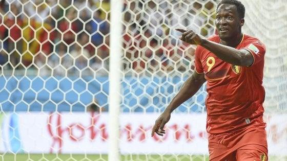 Mercato: l'Inter stringe i tempi per Lukaku, il Milan vuole Pezzella