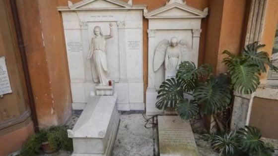 """Caso Orlandi, il fratello Pietro: """"Tombe aperte e trovate vuote: incredibile"""""""