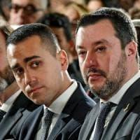 """Autonomie, scontro al governo, M5s: """"Lega vuole gabbie salariali, inaccettabile"""". Slitta..."""
