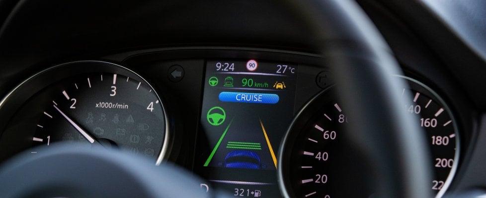 Nissan, sistemi di sicurezza ProPilot per tutte le Qashqai