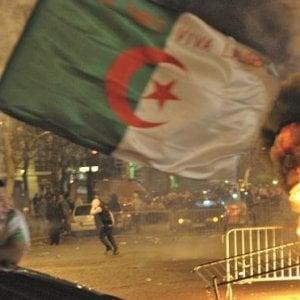 Francia: tifoso algerino in auto travolge famiglia, muore donna