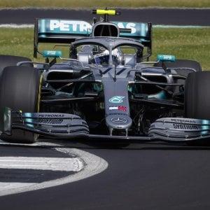 Silverstone, Mercedes domina nelle libere. Bottas precede Hamilton
